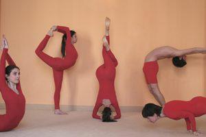 ARYTHMIE CARDIAQUE: Une heure de yoga par semaine suffit à calmer le rythme